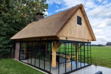 Den Hartog riet - Exclusieve riet gedekte tuinkamer