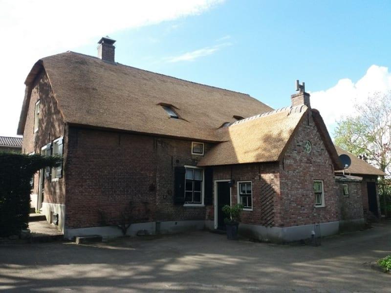 Isoleren en rietdekken in Dussen - Den Hartog riet