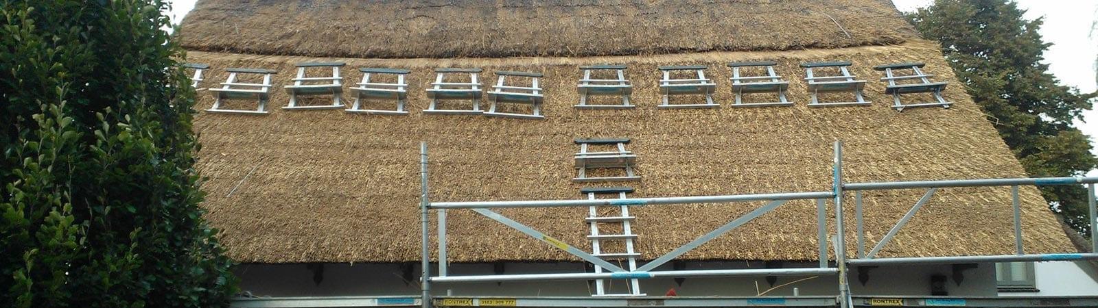 Onderhouden van het rieten dak