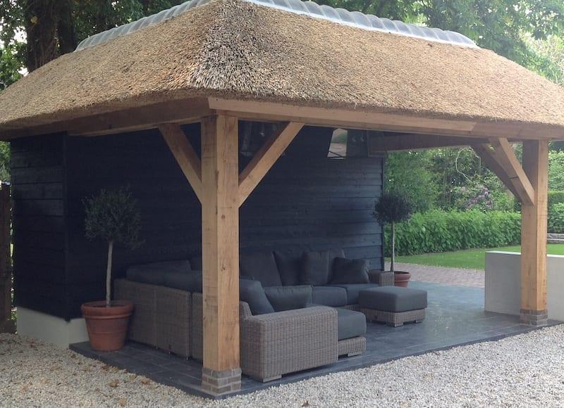 Den Hartog riet - Prieel met rieten dak
