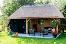 Den Hartog riet - Eikenhouten tuinkamer