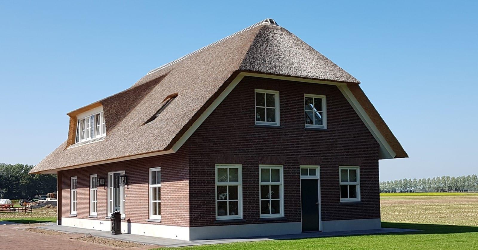 Rietdekken landhuis in Delwijnen - Den Hartog riet