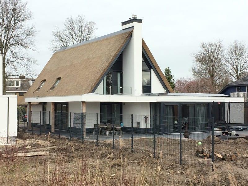 Den Hartog riet - Modern Rieten dak