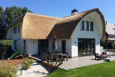 Den Hartog riet - Rietdekken villa in Gouda