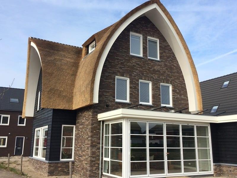 Speelse ronde lijnen, zorgen voor strak dak