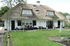 Den Hartog riet - Stijlvolle villa te Schoonrewoerd